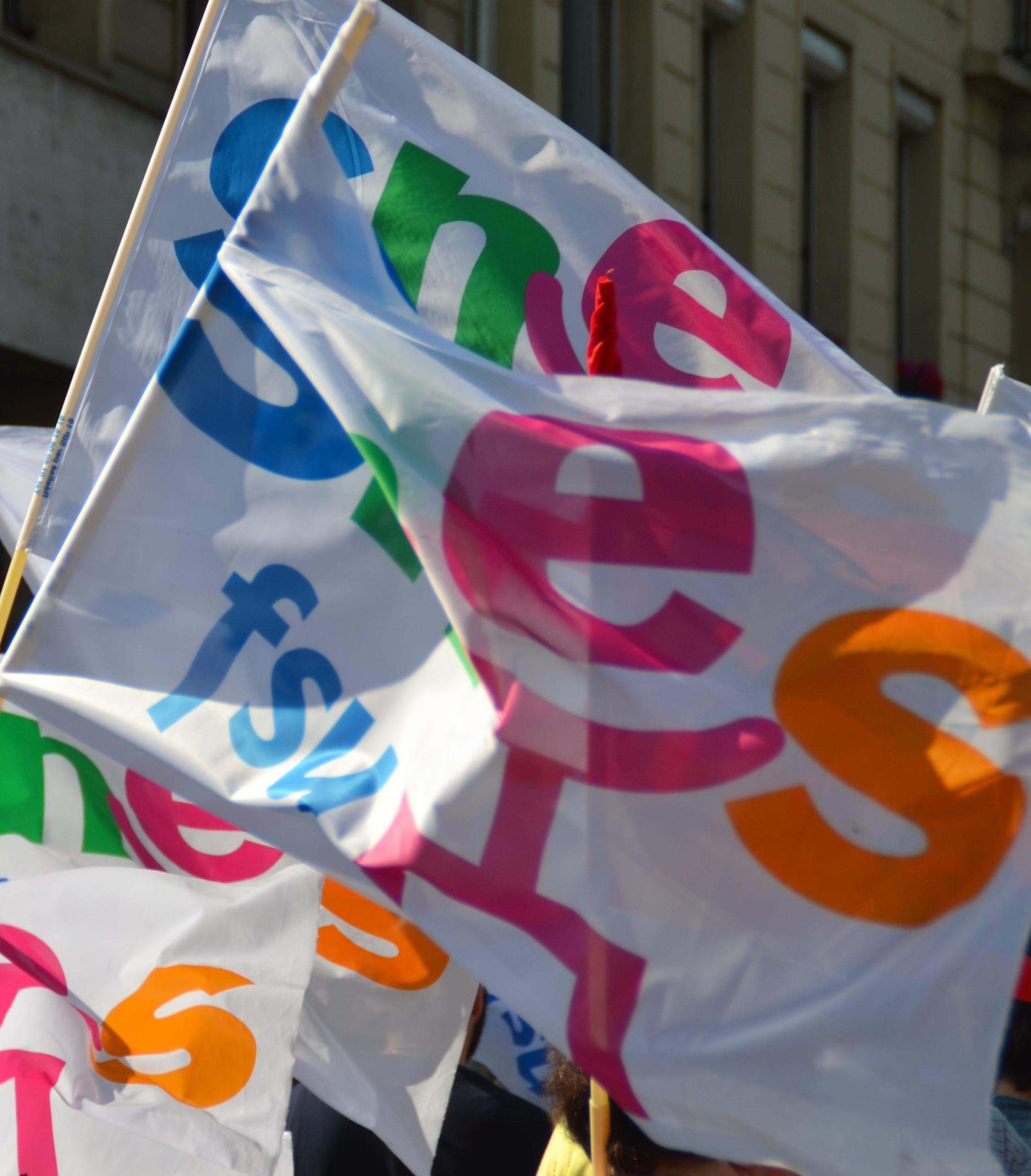 Le 5 octobre, mobilisé es pour nos salaires, nos emplois et nos conditions de travail et d'études